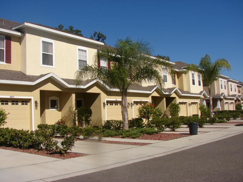 condos-townhomes